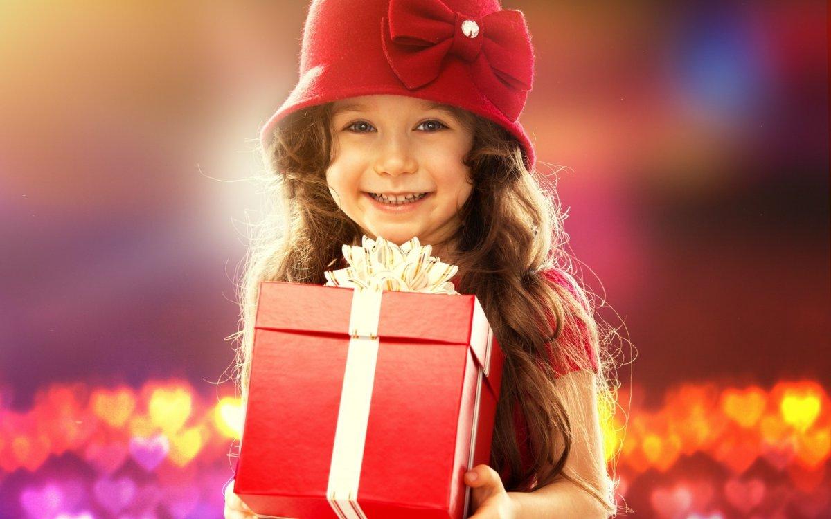 Дорогие подарки девочке